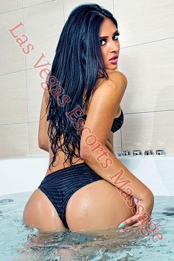 This Las vegas escorts girl knows how to have a blast in Sin City